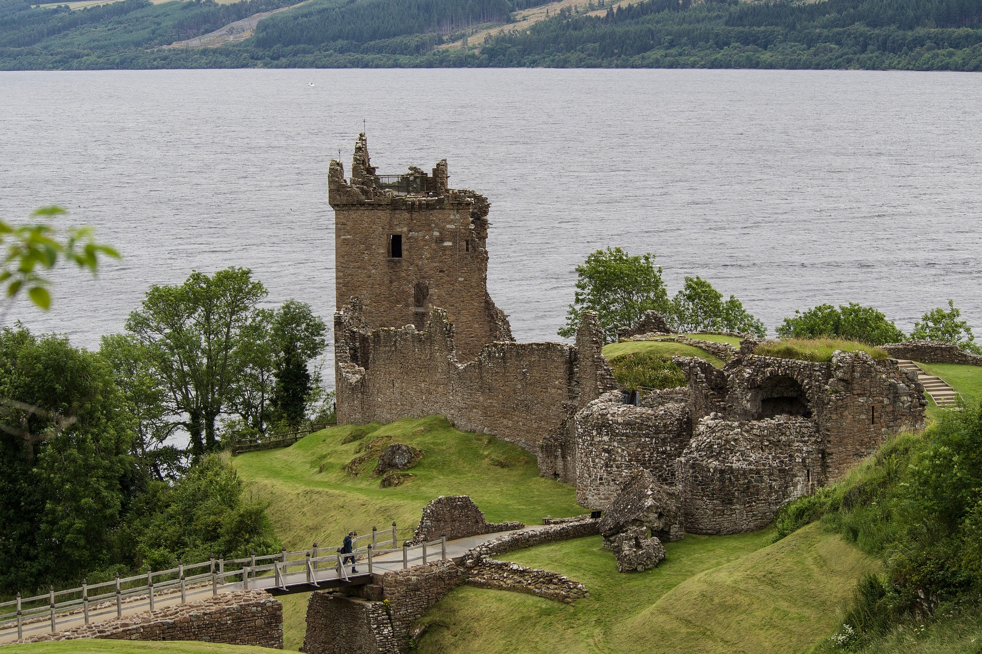 Circuit Scotia si Loch Ness