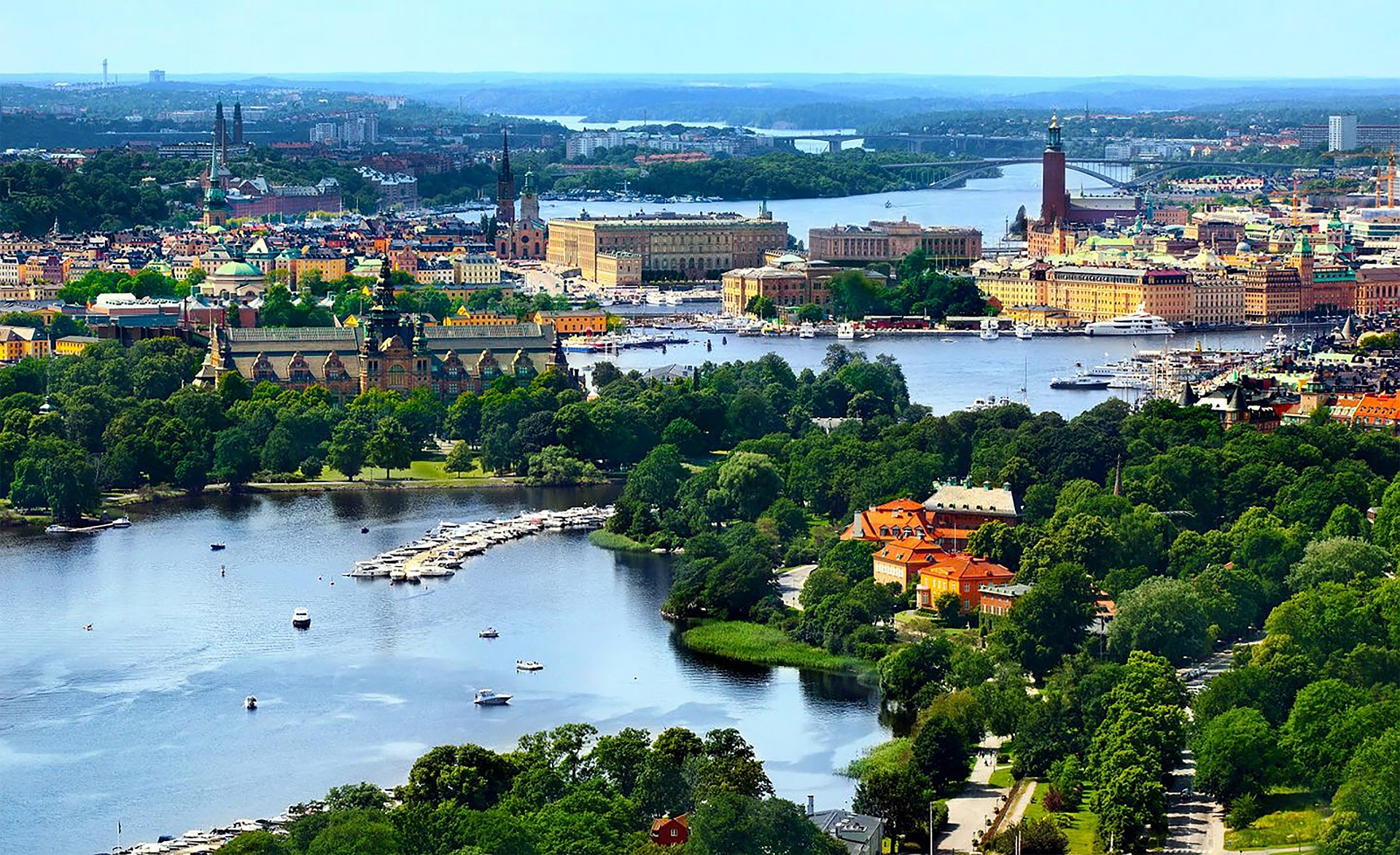 Circuit Helsinki si Stockholm