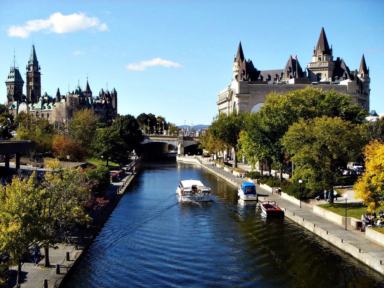 Circuit Marele Tur al Canadei si Cascada Niagara